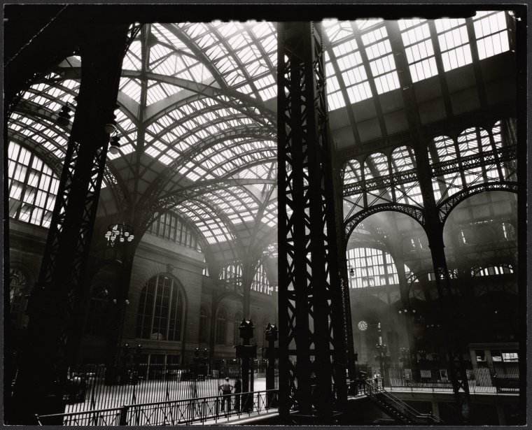 Penn-Station-Interior-Manhattan