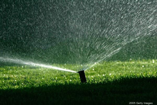 watersprinklerirrigation*600xx2083-1389-0-0