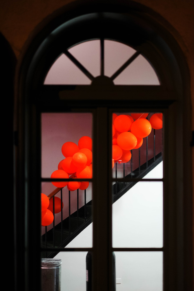 red-balloons-bags