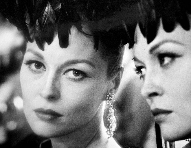 Faye Dunaway in The Puzzle of a Downfall Child, 1970 (1)