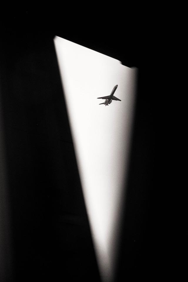 plane shadown bags